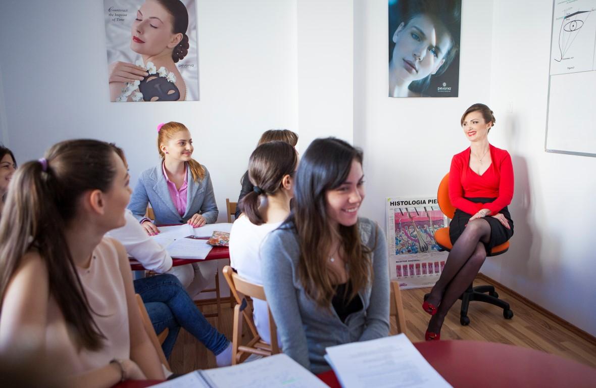 calitate cursuri scoala cosmetica beautyone (Medium)