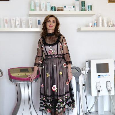 Singurul curs de cosmetica coordonat de un medic dermatolog